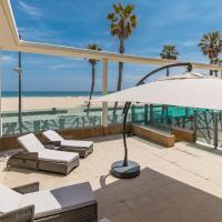Luxury Beach Apartment with Pool