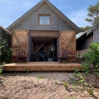 Small Vinter Summer House