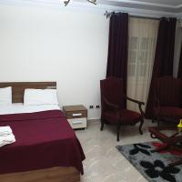 Khaled Ibn Al Waleed Apartment by Alexander the Great Hotel