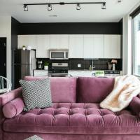 Lyra Spark - Chic Wicker Park Studio by Short Stay