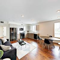New Listing! Updated Chic Hollywood Retreat Apts