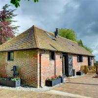 Charming Holiday Home in Faversham Kent with Fireplace