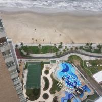 Ap pé na areia frente praia Costa do sol