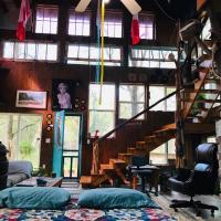 2 story Barndominium-Treehouse in the woods