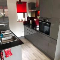 Newly Modernised Flat - Perfect for Town and Races