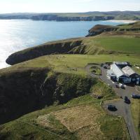 Salmon Landings, hotel in Strathy Point