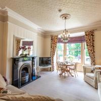 Swan View Apartment, Central Harrogate - 1 bedroom Sleeps 4
