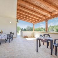 Four-Bedroom Holiday Home in Vignacastrisi - LE