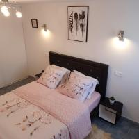 Apartment Avignon, hotel in Le Pontet
