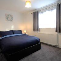 3 Bed Apartment near Heathrow Apartment, LegoLand and ThorpePark