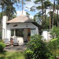 Peaceful Cottage in Doorn with Pool