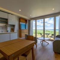 Modern Sea View Apartment