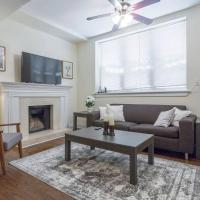 Amazing Wrigleyville Apartment