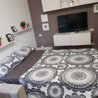 Apartment Varesina Street