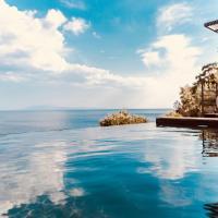 Infinity Villa, hotel in Plomari
