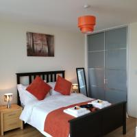 Q-zotica City Centre Apartments: Parking, City view & Smart gadgets