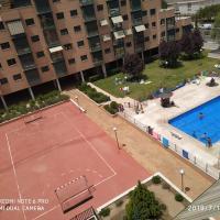 Apartamento atico con gym y piscina
