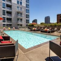 Downtown Convention Center open floor plan suite with pool!