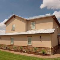 UPSCALE VILLAS! Hinman B will meet your needs on every level! - Hinman Haus B