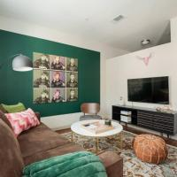 Relaxing 1BR - Downtown Austin #347 by WanderJaunt