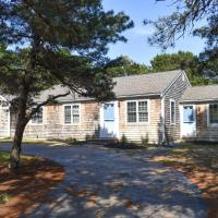 Eastham cape house, with room for friends & family