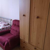 DOUBLE BED ROOM @Clapham