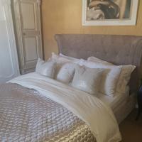Cozy clean double bedroom