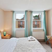 Modern 2 Bed apt w/Balcony near Euston