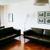 Typical Apartment in Lisbon, Campo Grande (Parking included)