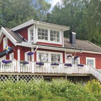Holiday Home Henån with a Fireplace 04