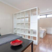 4 Bedroom Mews House in Kensal Rise