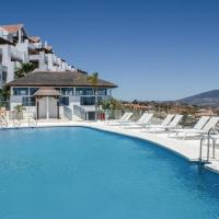 Two-Bedroom Apartment Los Cortijos with Mountain View 01