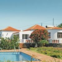 Holiday home Calle Juan Del Valle