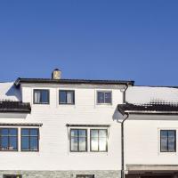 Five-Bedroom Apartment in Roldal