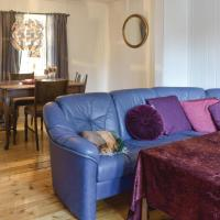 Three-Bedroom Holiday Home in Sabovagen