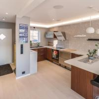 Three-Bedroom Apartment in Eidsvag