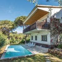 Five-Bedroom Holiday Home in Lloret de Mar