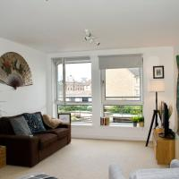 Bright and Welcoming 2 Bedroom Leith Flat