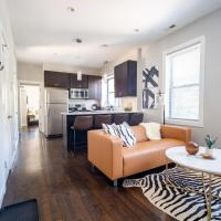 New! Kitschy 2BR in Hip Bucktown DA1