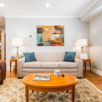 Sunny 1-bedroom walk up - Oak Park (Free Parking)