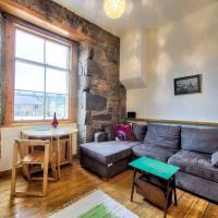 Cosy 1BR Flat in Edinburgh by GuestReady