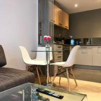 Private Patio Apt near Kings Cross by GuestReady