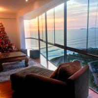 Duplex Panoramic Ocean view 4 bedroom in Miraflores