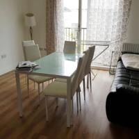Modern 2 Bedroom Flat with 2 Bathrooms