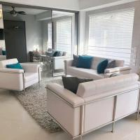 Heart of South Beach / Modern Apartment / Ocean Drive - Carlyle