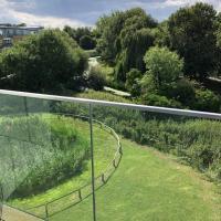 NICHE - Central Chelmsford Park & River View 31