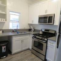 3-NEWLY RENOVATED APARTMENT IN KOREA TOWN