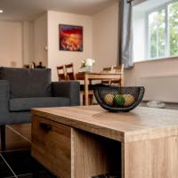 Brand new apartment perfect for Heathrow and Wembley stadium- BLETCHLEY HOUSE- LUSSO APARTMENTS
