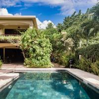 Villa Vakoa - Tranquil Villa With Lush Gardens