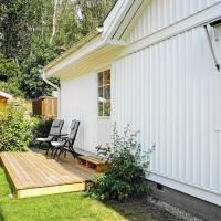 Holiday home HENåN XI